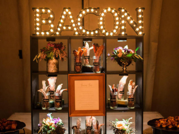 Inspiration: Food Stalls For Your Wedding